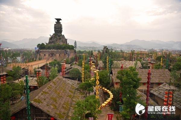 (炭河古城毗邻炭河里遗址,位于宁乡县黄材镇寨子村.