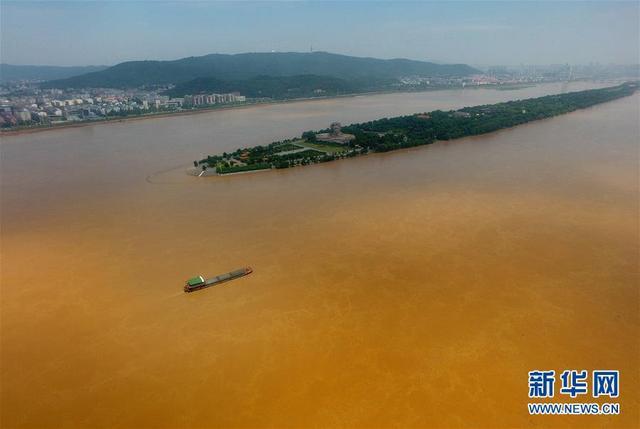 洪峰顺利通过长沙 橘子洲景区解除闭园 观光台依然被淹(航拍组图)